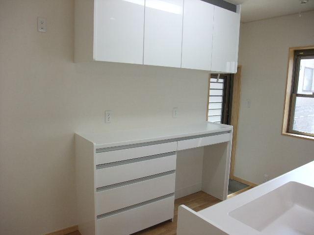 キッチンにはゴミ箱スペースを ...